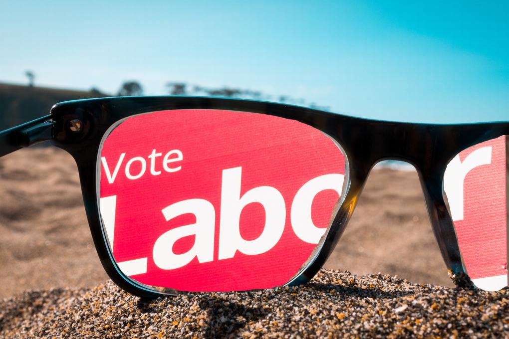 Vote Labour through spectacles